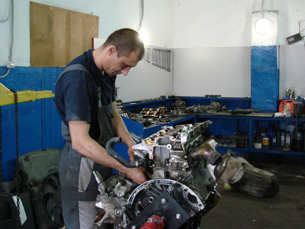 кап ремонт двигателя цена работ Киев