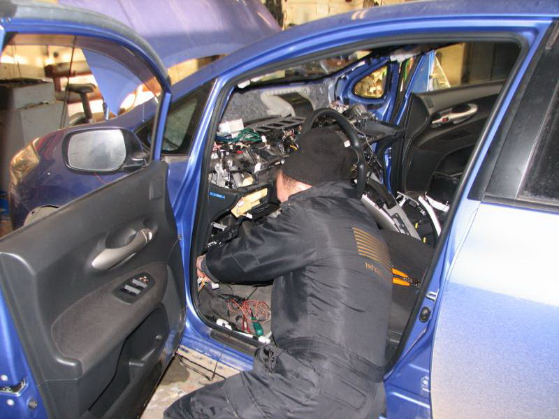 Услуги автоэлектрика Audi